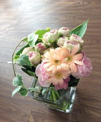 花束 ピンク系 ブーケ 送別会 ガーベラ バラ 優しい ナチュラル