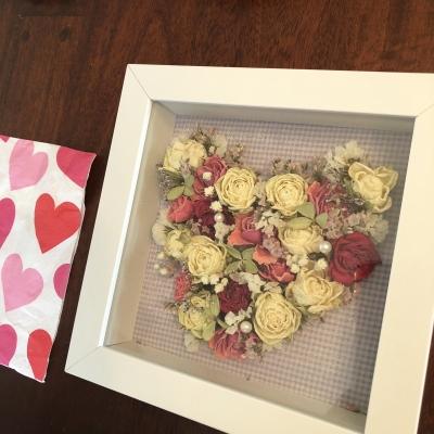 ハート ドライフラワー アレンジメント かわいい キュート エレガント hearts dried flowers dry arrangements wall hanger cute elegant lovely pink white garden fondly