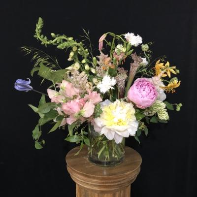 フラワーアレンジメント 生花 静物画 Amy Merrick flower arrangements garden fondly nature