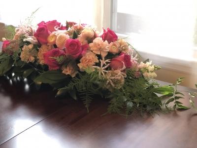 フラワーアレンジメント ピンク 薔薇 テーブル センターピース flower arrangement pink roses table centerpiece garden fondly