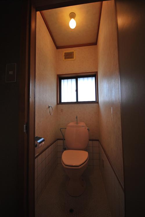 中区関施工前 トイレ