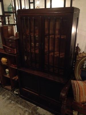 古い水屋 食器棚