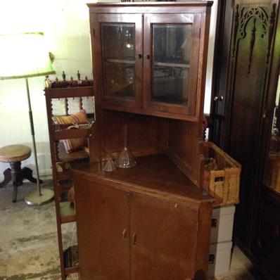 古家具 コーナー棚