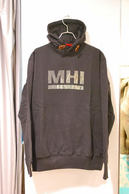 MAHARISHI 002.jpg