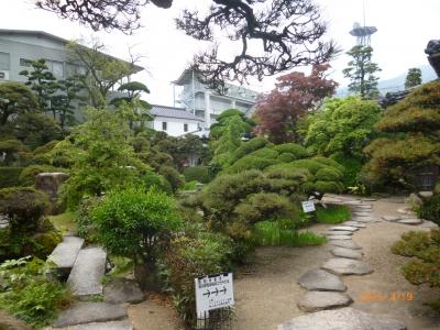 「恋しき」の日本庭園