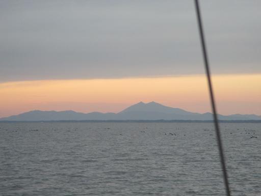 夕暮れの筑波山