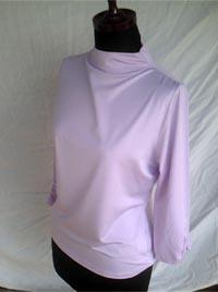 〈ポリエステル〉ギャザ入り七分袖プルオーバー Pink(質感)