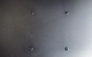 壁掛け用の穴[GL2450HM]