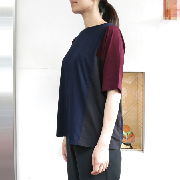 DEMYLEE Tシャツ2.JPG