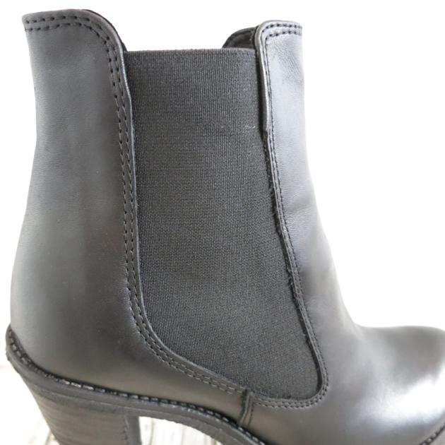 ROSE BUD Karen Lipps Side  Gore PLTFM Short Boots (6).JPG