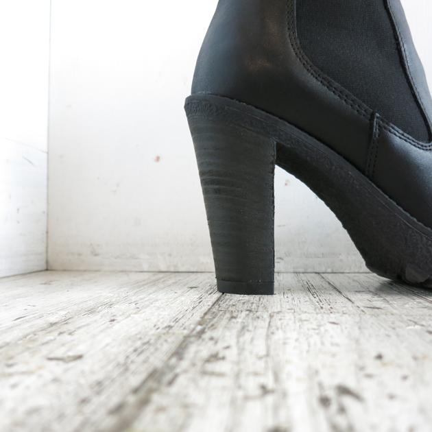 ROSE BUD Karen Lipps Side  Gore PLTFM Short Boots (9).JPG
