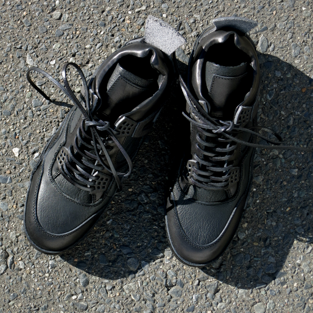 hender scheme 靴 (1).JPG