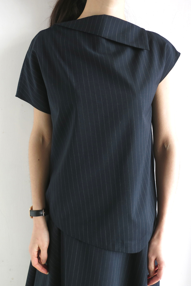 GVGV PIN STRIPE TOP.JPG