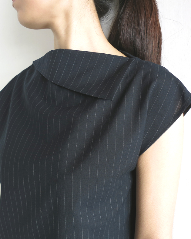 GVGV PIN STRIPE TOP1.JPG