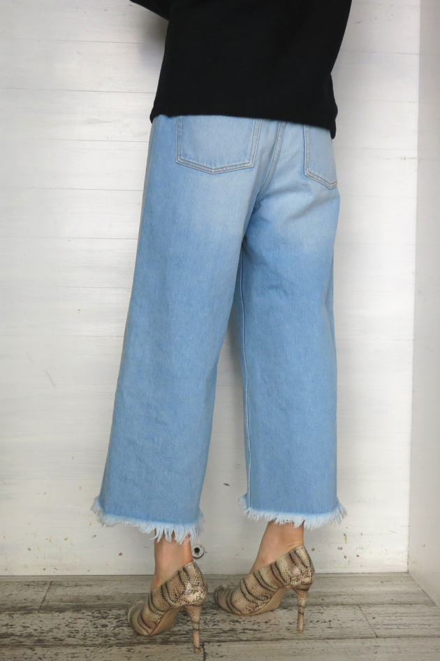 GVGV RAW EDGE WIDE LEG JEANS3.JPG
