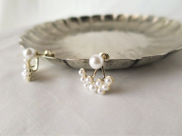 dix Pearl drop pierce (2).JPG