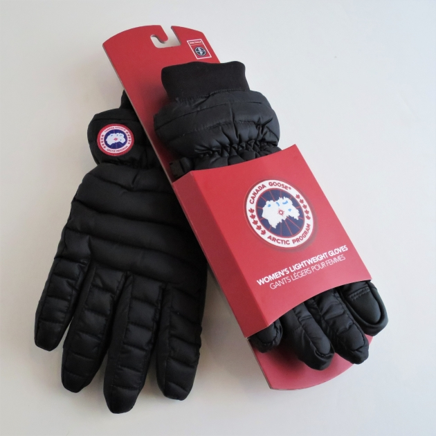 CANADA GOOSE WOMENS LIGHTWEIGHT GLOVES.JPG