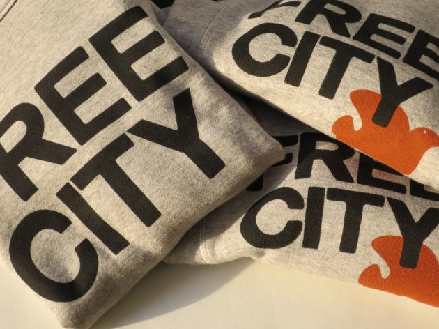 FREE CITY フリーシティ スウェット.JPG