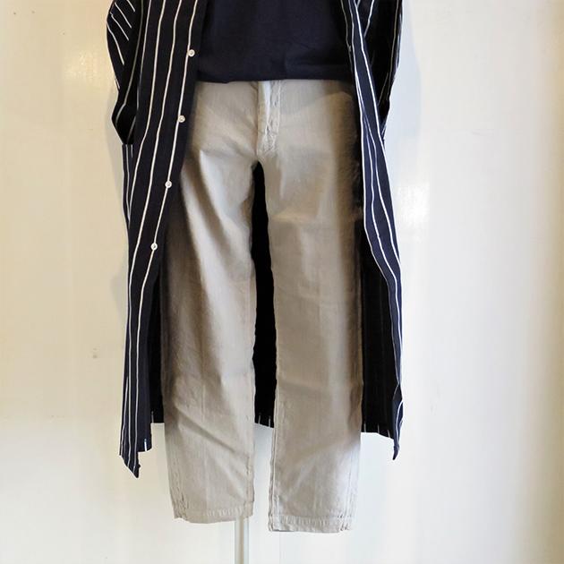 D.M.G Ankle Cut Trousers(3).jpg