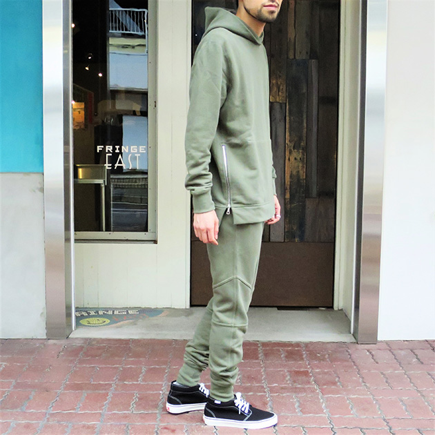 JOHN ELLIOTT HOODED VILLAIN ESCOBAR SWEATPANT OLIVE.jpg