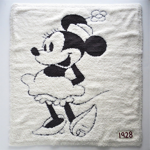 DISNEY COLLECTION by BAREFOOT DREAMS Baby Blanket(3).jpg