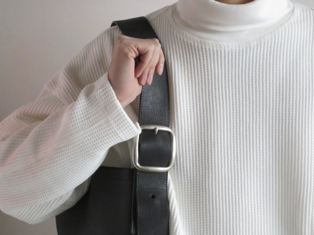 hender scheme oneside belt bag black トートバッグ エンダースキーマ.jpg