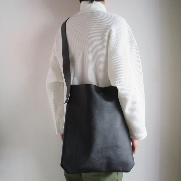 hender scheme oneside belt bag black 鞄 バッグ エンダースキーマ.jpg
