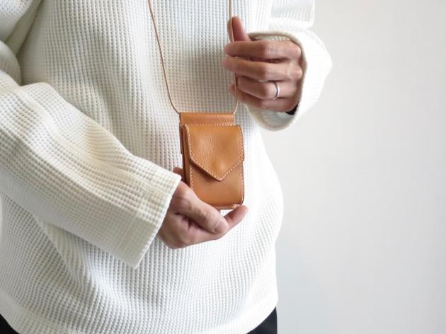 henderscheme エンダースキーマ hang wallet 首かけ財布 7.jpg