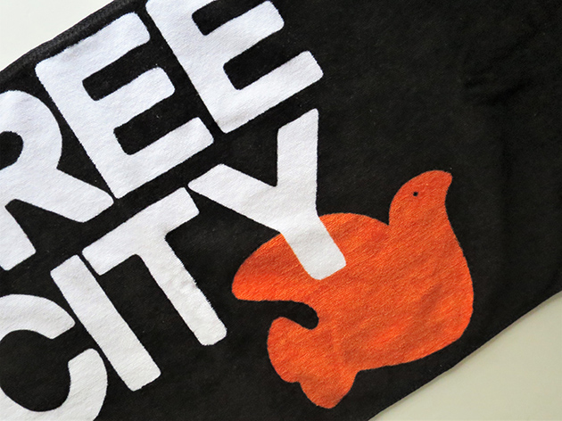 FREE CITY DOVE タオル(2).jpg