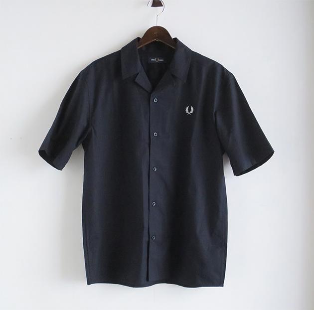 フレッドペリーシャツ.JPG