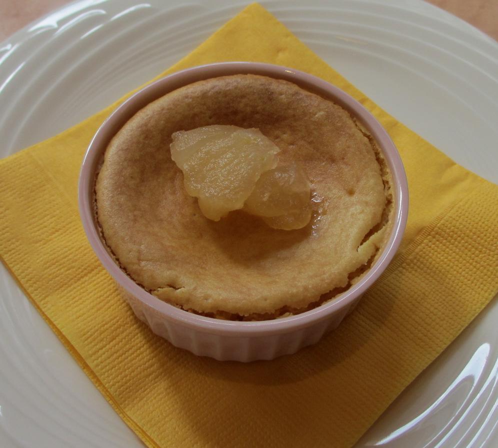 りんごとサツマイモのチーズケーキ