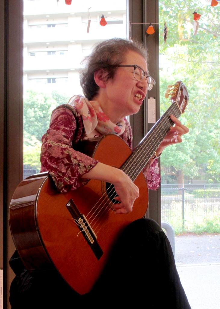 木村明美ギター
