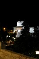 夜のミンチェタ要塞