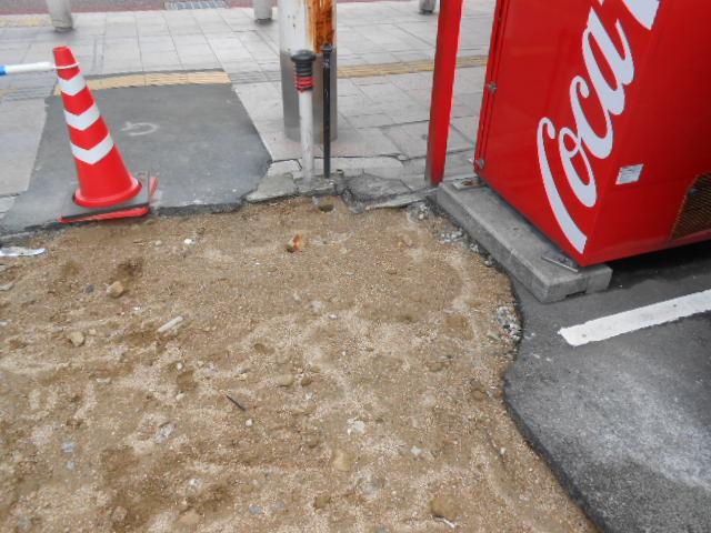 地下埋設電線引き込み・一時ポール設置 (1).JPG