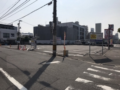 JPMス-パードラックひまわり舟入店駐車場.JPG
