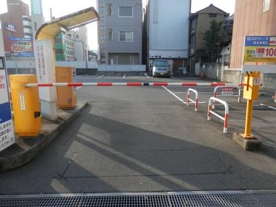 入口ゲートバー交換 (2).JPG