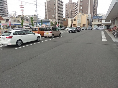 車路駐車防止のため矢印ライン工事1.jpg
