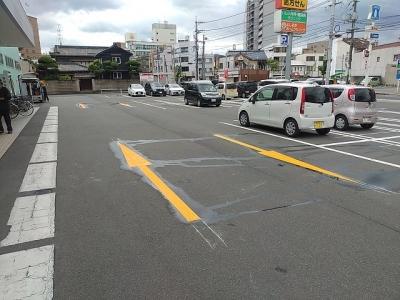 車路駐車防止のため矢印ライン工事4.jpg