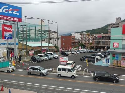 JPMウオンツ戸坂店駐車場.jpg