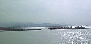 かもめ大橋から百道方面