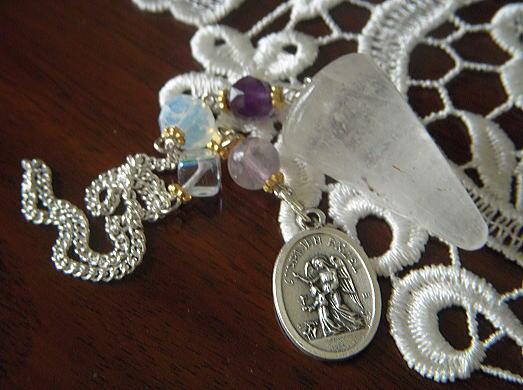 天使と薔薇のセレクトショップ *Angelique* ペンデュラム プレゼント