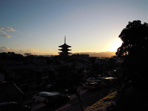 清水寺方面から市街へ