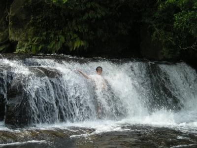 西表カンビレーの滝