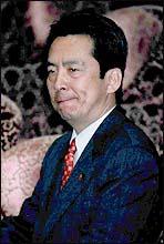 韓国系初の日本議員、新井将敬議員「不当利益行為疑惑」 | 韓国関係資料室