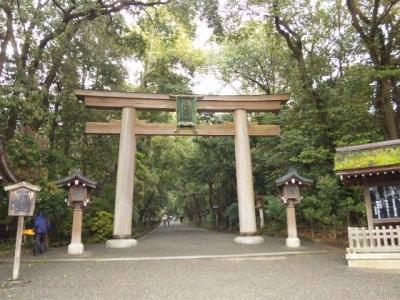 大神神社参道入口