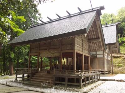 比沼麻奈為神社社殿