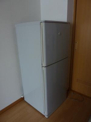 今までありがとう!SHARPの両開き冷蔵庫
