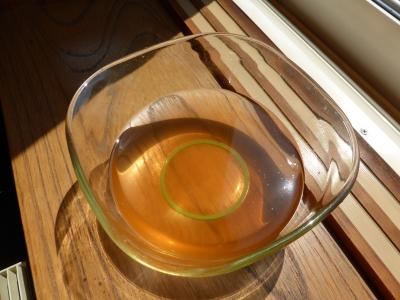 梅酢も日光浴