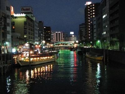 浅草橋から柳橋を見る