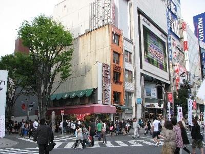 新宿の薄〜いビル三連発1